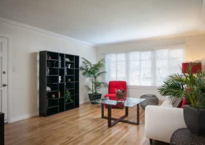 Fully Renovated, Modern & Sleek Design