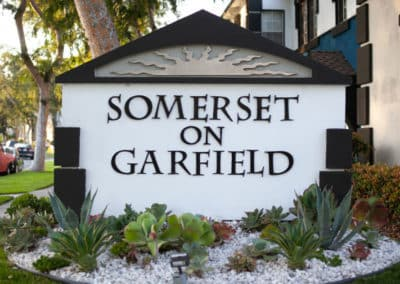 Somerset on Garfield Sign Monument